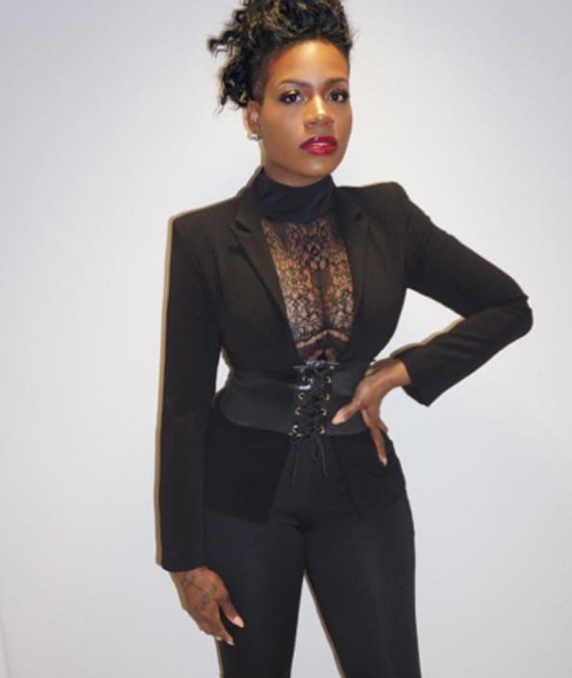 "Fantasia Flaunts Impressive Weight Loss -- ""I Feel Great!"""