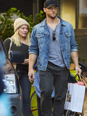 Hilary Duff Confirms Relationship With Trainer Jason Walsh During Awkward Interview