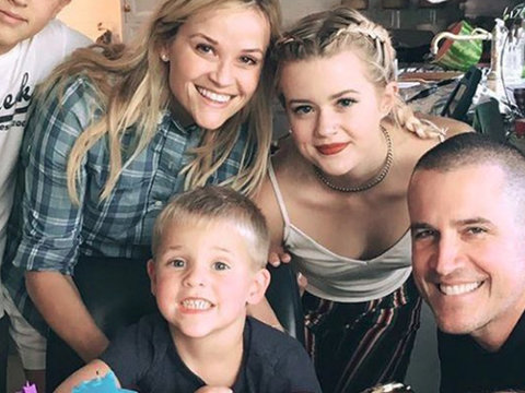 Reese Witherspoon Celebrates Son's 4th Birthday with Rare Family Photo