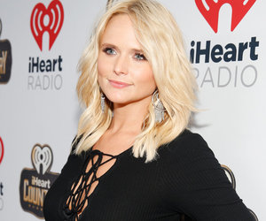 "Miranda Lambert Wins #FBF With ""Dogs and Denim"" Throwback"