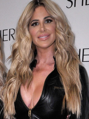 Kim Zolciak Shares Completely Naked Snap Of Kroy Biermann ... And Her Daughter Brielle Is Pissed!