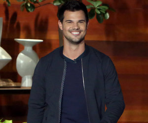 That Ain't Right! Taylor Lautner's Abs Get Groped on a Regular Basis