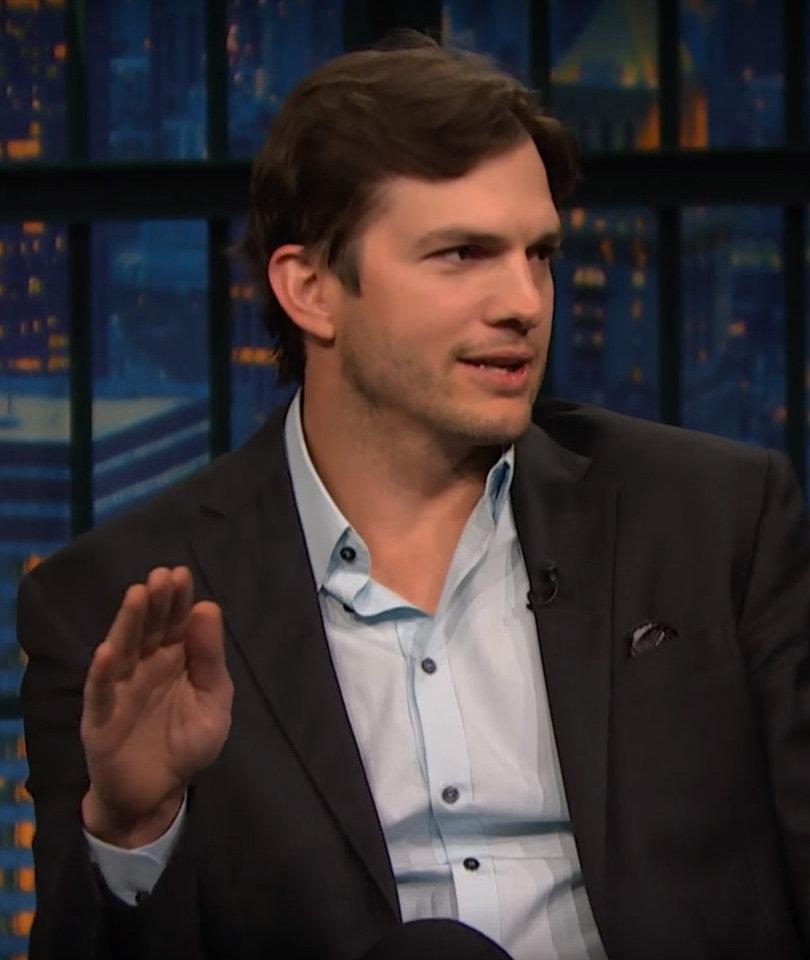 Ashton Kutcher's 2-Year-Old Girl Speaks Mulitple Languages
