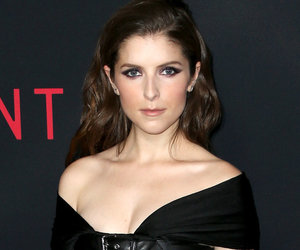 WTF Is Going On With Anna Kendrick's Goth Premiere Look?!