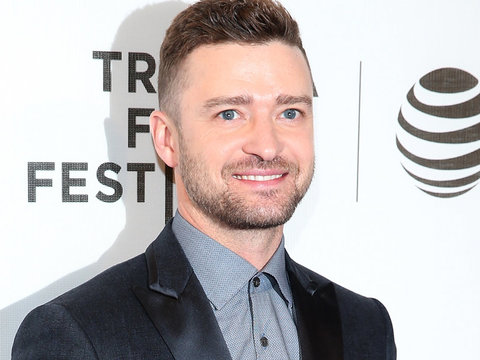 "Justin Timberlake Says His Appreciation for Family Is ""Humiliating"" & ""Humbling"""