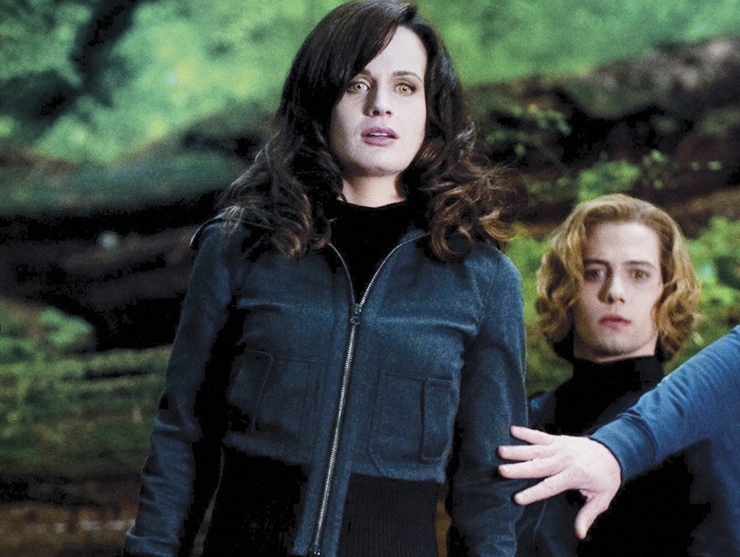 """Elizabeth Reaser Would """"Love to Revisit"""" Her """"Twilight"""" Role"""