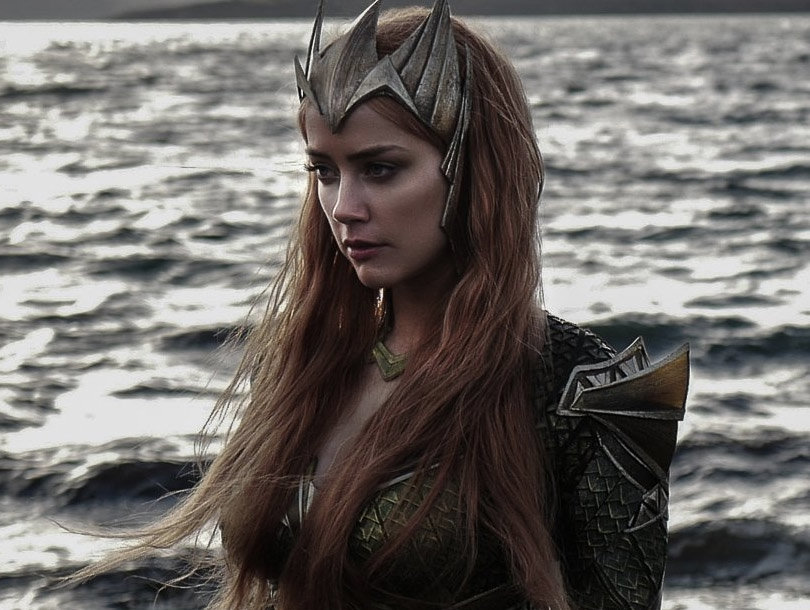 """See First Pic of Amber Heard as Mera For """"Justice League"""""""