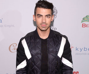 Joe Jonas Reveals Which Female Star He Lost His Virginity To!