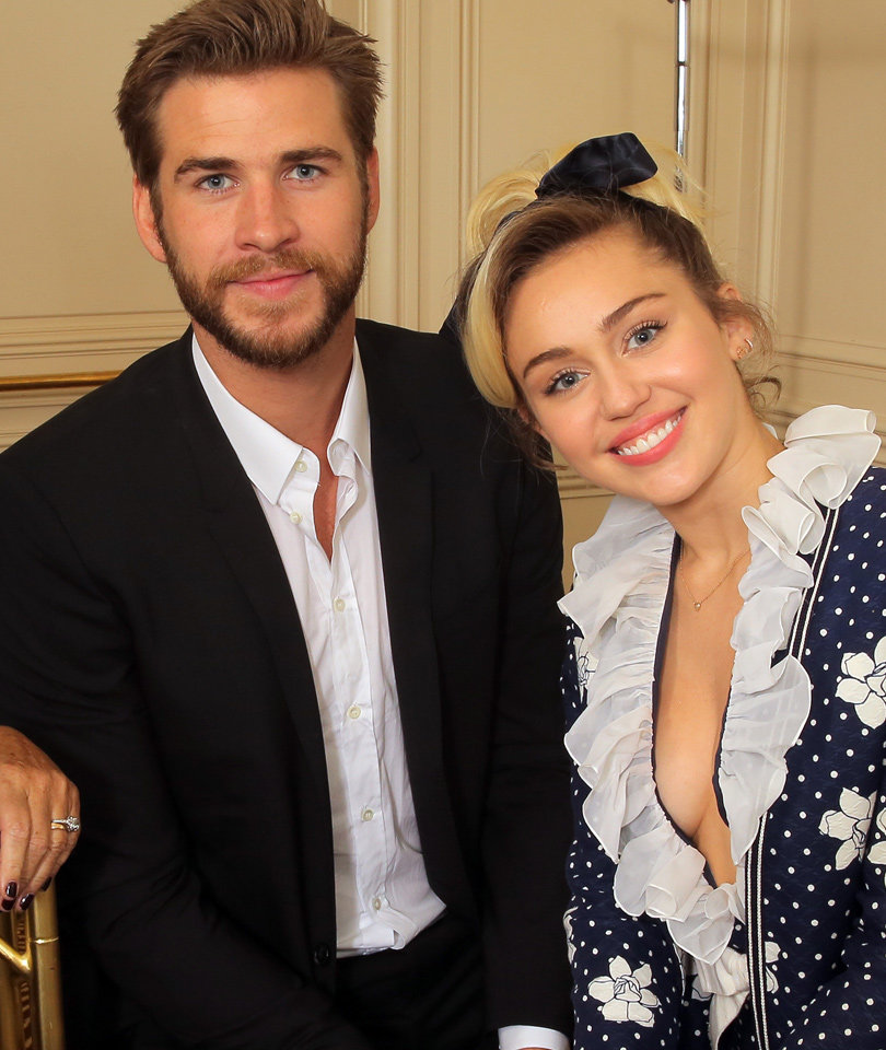 Miley Cyrus & Liam Hemsworth Do First Public Outing Since Rekindling…