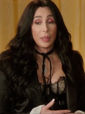 "Cher, 70, Doesn't Recognize ""Old Lady"" She Sees In Mirror"