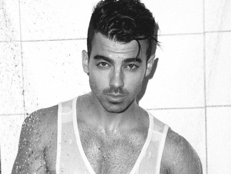 Jonas Talks Hudgens' Nude Photo Scandal, Porn Obsession!
