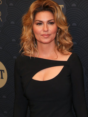 Shania Twain Stuns in Cutout Jumpsuit at 2016 CMT