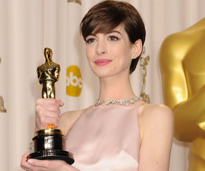 "Why Anne Hathaway Felt ""Uncomfortable"" Accepting ""Les Mis"" Oscar"
