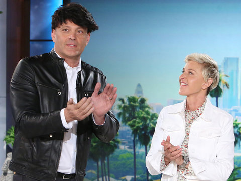 Bald Vince Vaughn Tries to Fool Ellen with Wig, Fails Hilariously