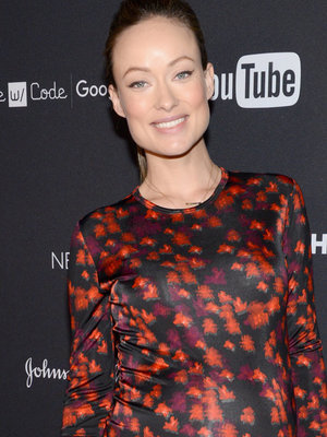Olivia Wilde Breastfeeds Newborn Daughter In Sweet Selfie
