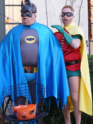"See ""Modern Family"" & More TV Show Halloween Costumes!"