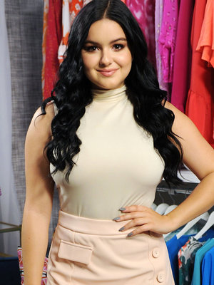 Ariel Winter Reveals Her Sexy-Cute Halloween Costume