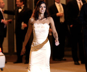 Adrianne Curry Is Auctioning Off Her Wedding Dress!