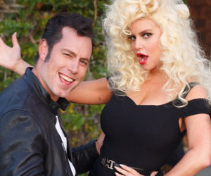 "Jessica Simpson Reveals Her ""Sandra Double Dee"" Costume"