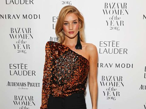 Rosie Huntington-Whiteley's One-Shoulder Top -- Fab or Drab?