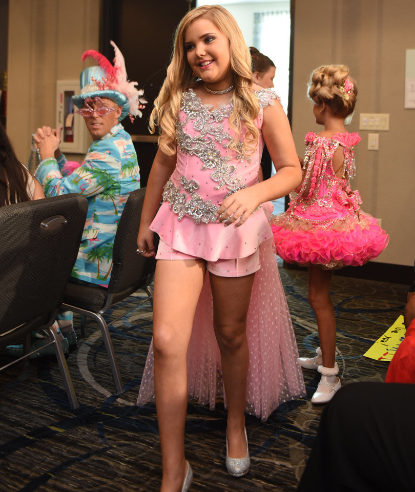"""Toddlers & Tiaras"" Star Eden Wood Returns to the Show ..."