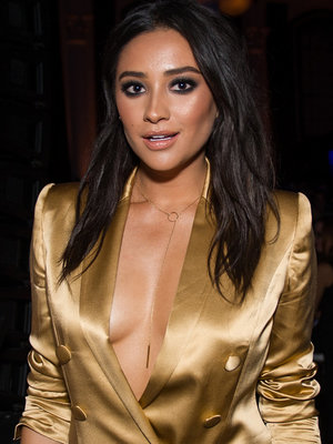 """Shay Mitchell Breaks Down In Emotional Farewell Video to """"PLL"""""""
