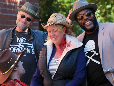 """Walking Dead"" Stars Surprise Superfan with a Amazing Proposal!"