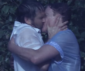 "Ryan Reynolds & Conan Make Out In ""Notebook"" Parody"