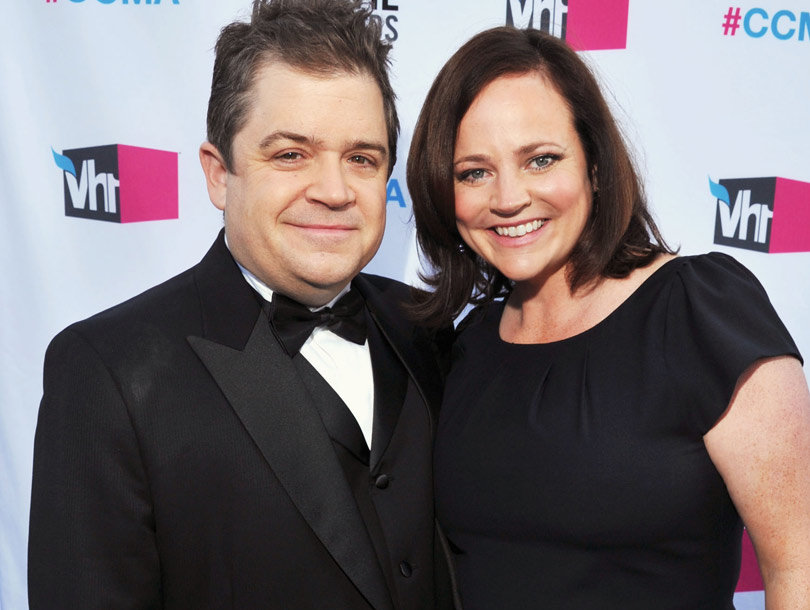 "Patton Oswalt Says Wife's Death Makes ""No F---ing Sense"" During Stand-Up Return"