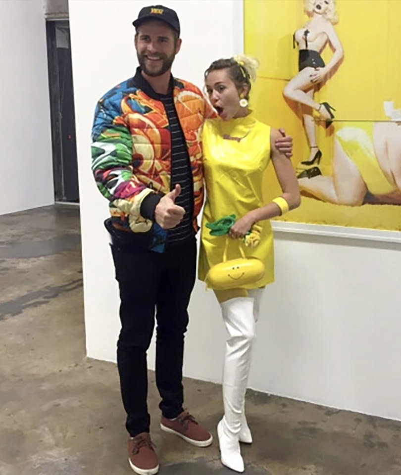 Miley Cyrus & Liam Hemsworth Share a SUPER Rare Selfie