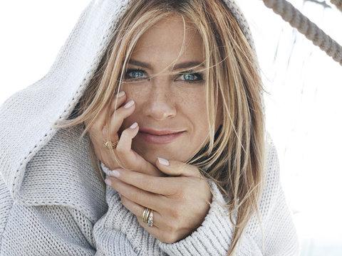 "Jennifer Aniston: Don't Call Me a ""Sad, Childless Human"""