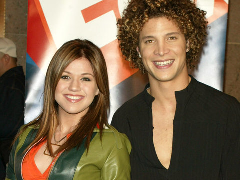 is kelly clarkson and justin dating
