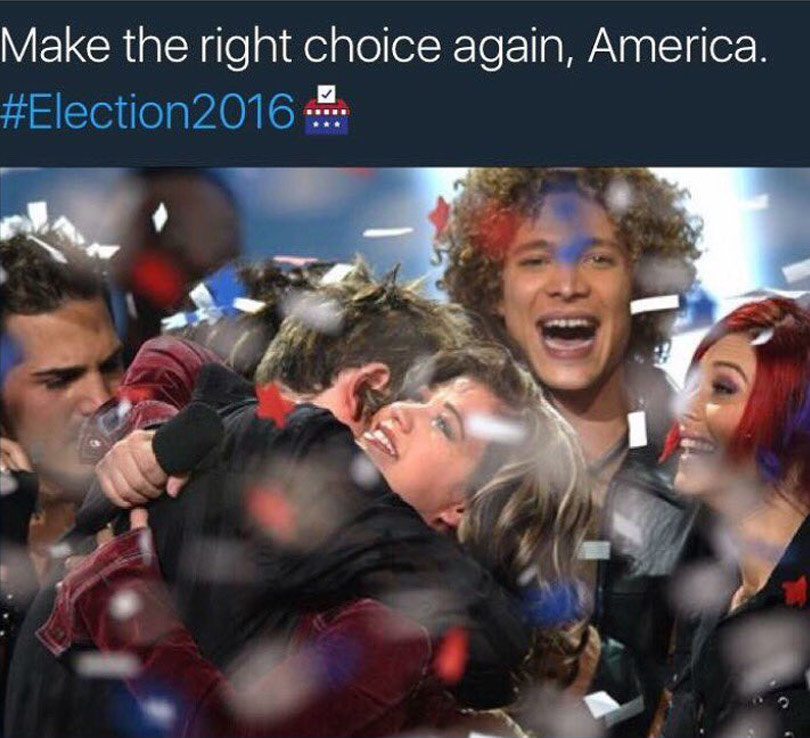 Kelly Clarkson Shades Justin Guarini in Hilarious Effort to Get People to Vote
