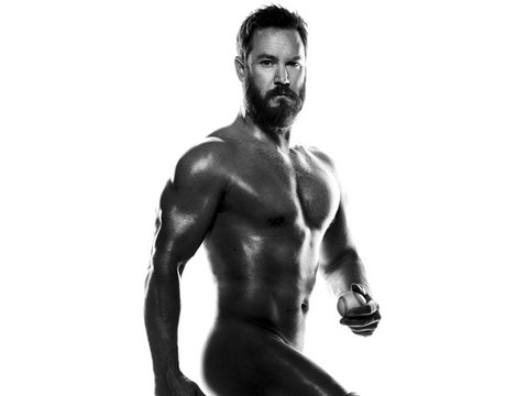 Damn! Mark-Paul Gosselaar Is Completely Naked & Never Been Hotter
