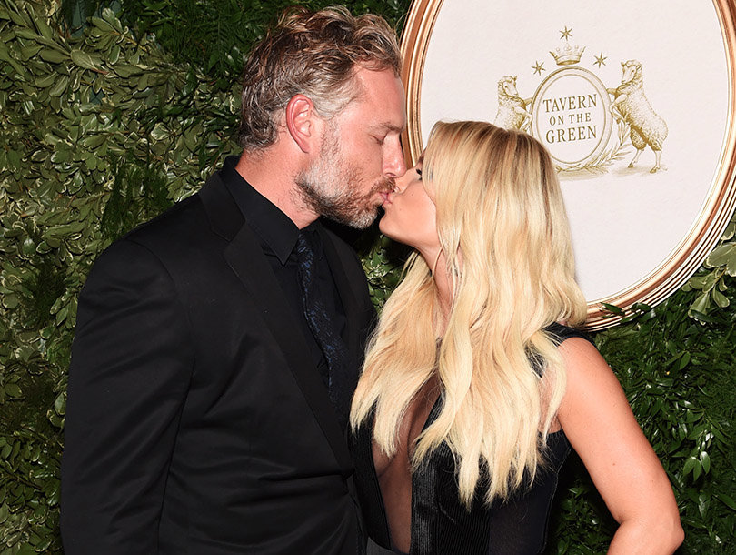 See Eric Johnson's Sweet Anniversary Gift for Jessica Simpson
