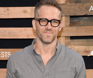 """Ryan Reynolds Grilled By """"Twin Brother,"""" Says WHAT About Blake Lively?"""