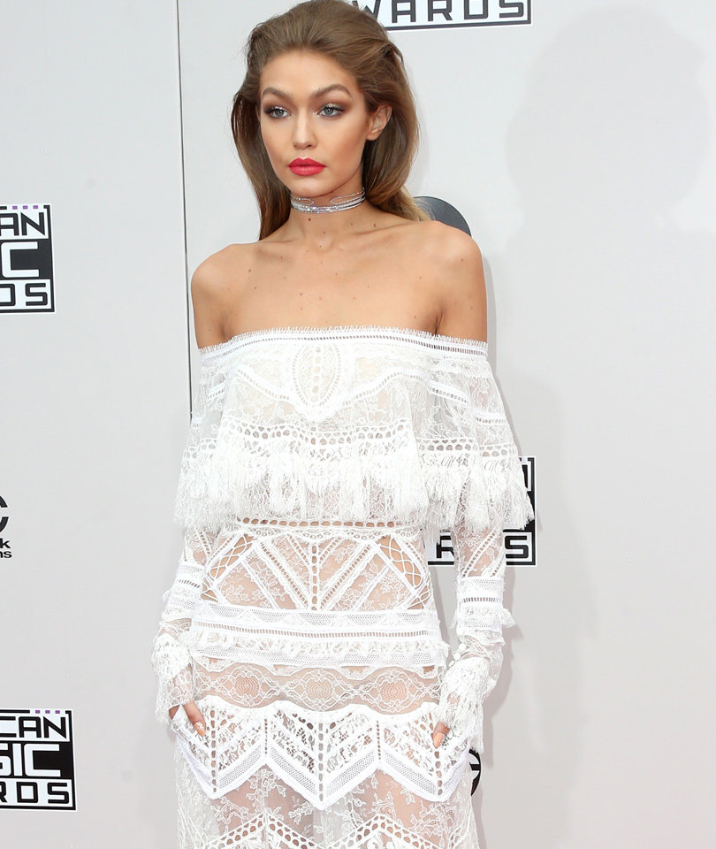 Gigi Hadid Wows In White -- See ALL the AMA Red Carpet Fashion!