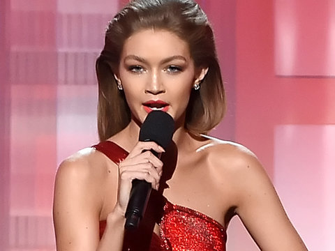 See Gigi Shade Melania Trump with Impression at the AMAs