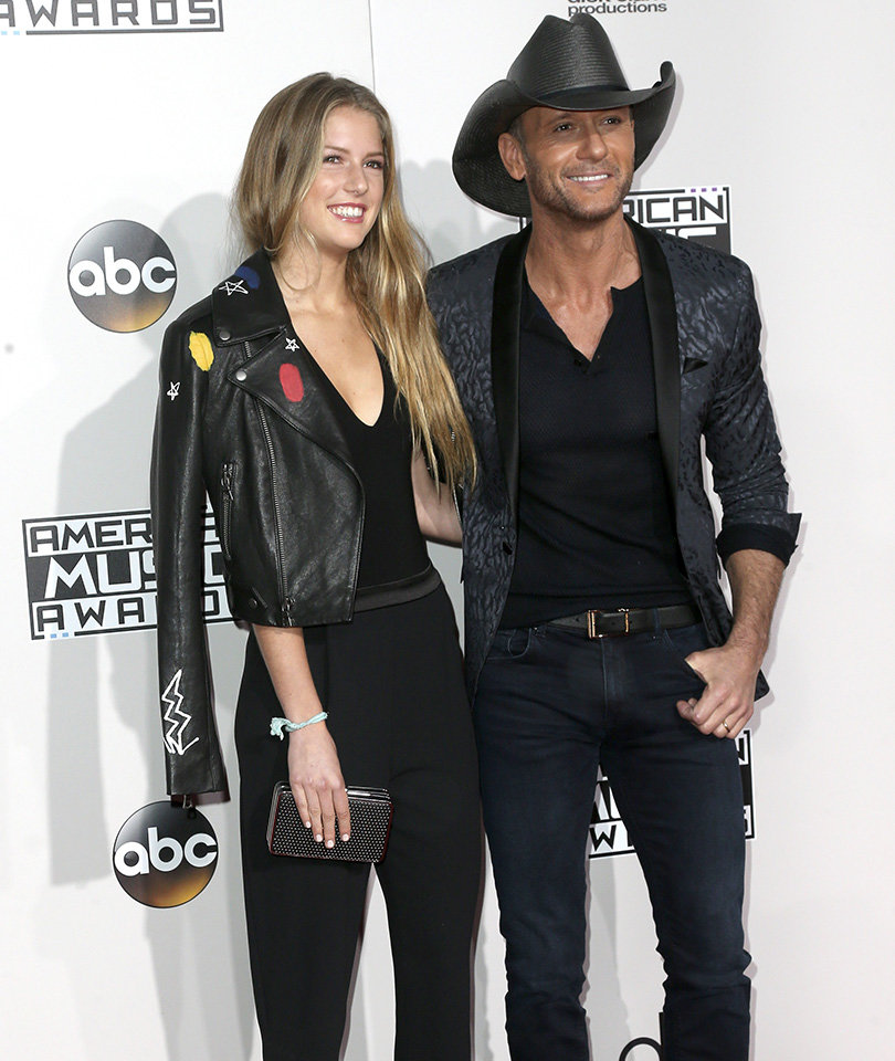 Tim McGraw Brings 18-Year-Old Daughter with Faith Hill to AMAs