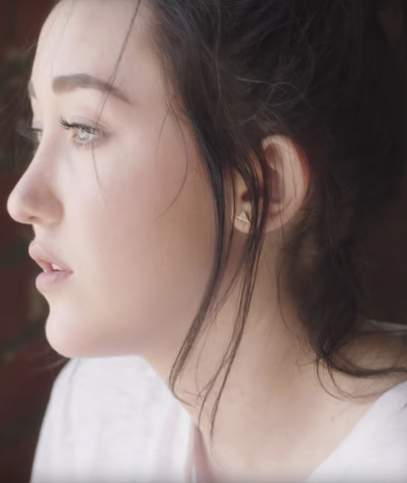 Noah Cyrus ' intense new music video for