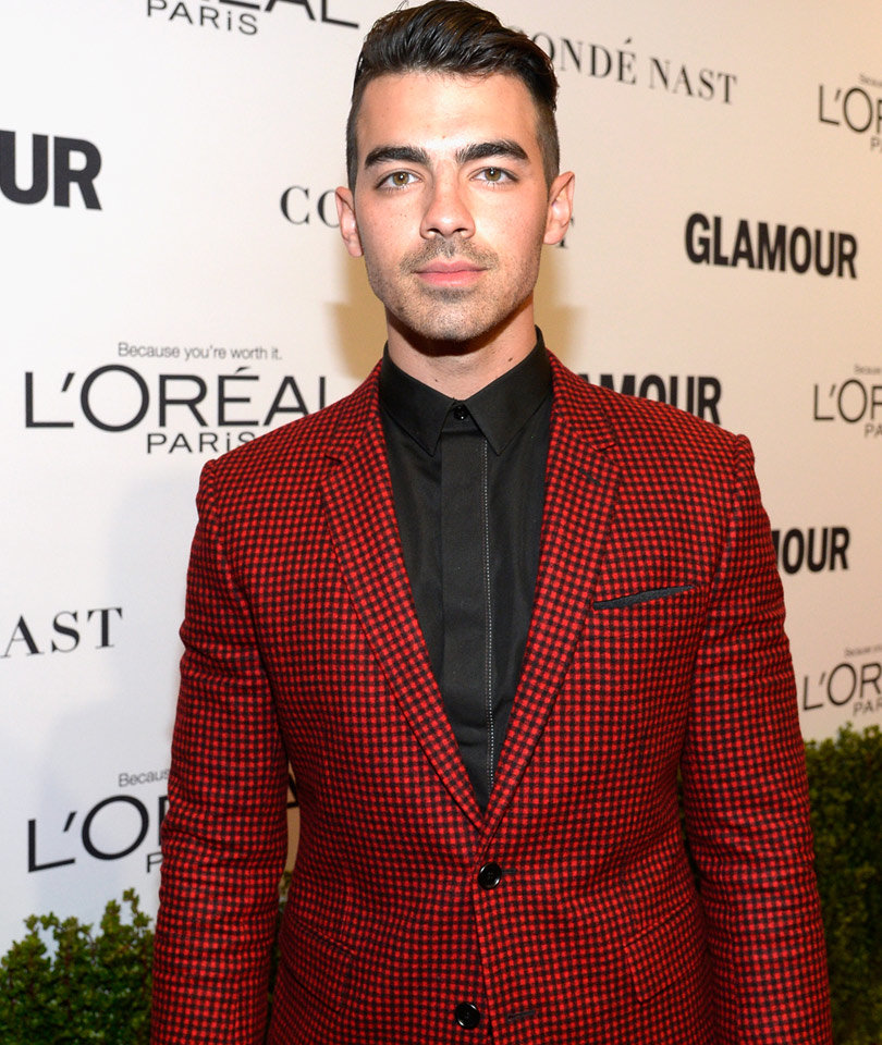 Joe Jonas Says He's Into S&M, Reveals What Gay Fans DM Him!