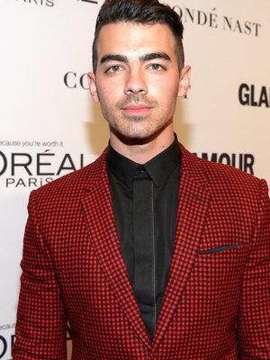 Joe Jonas Brings Sophie Turner as His Date to Friend's Wedding