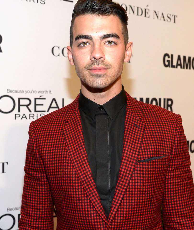 Joe Jonas Brings Sophie Turner as His Date to Friend's Wedding