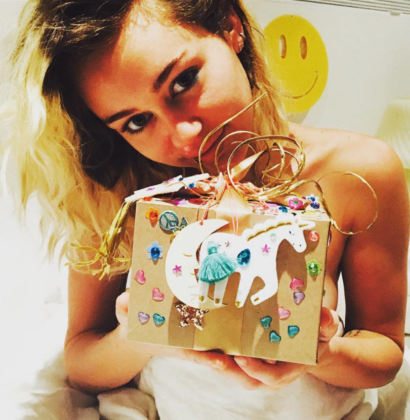 1123_miley_inset