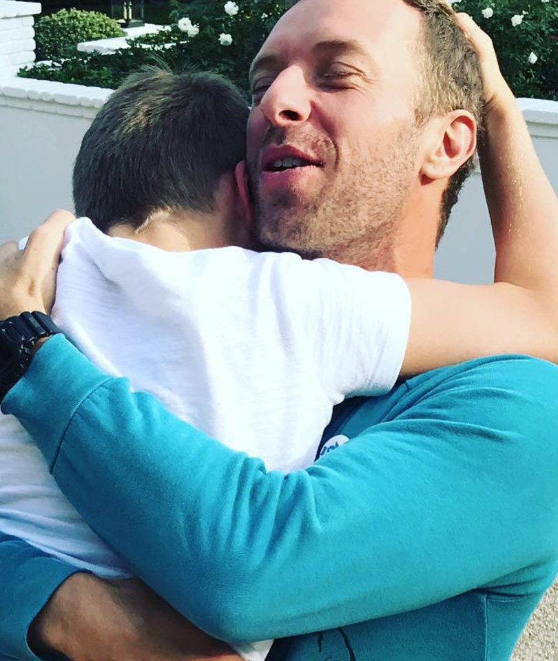 Gwyneth Paltrow Shares Pic of Chris Martin, Talks Love & Family on…