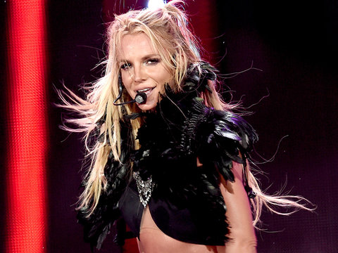 See Britney Spears' Message to Madonna and Beyoncé In Honor of International Women's Day…