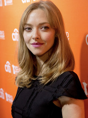 Amanda Seyfried Has a Seriously Bizarre Pregnancy Ability!