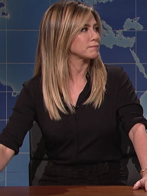 'SNL' Brings Out the Big Guns! Jennifer Aniston, Emma Stone, and More Trump Impressions!