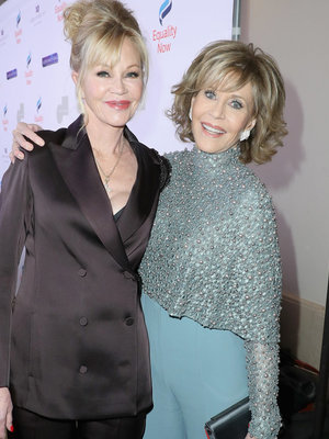 "Fonda, Griffith & More Stars Shine at ""Make Equality Reality"" Gala"