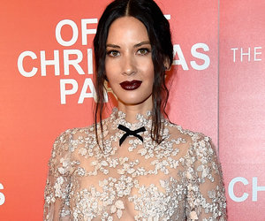 """Olivia Munn Goes Braless In Lace At """"Office Christmas Party"""" Premiere"""